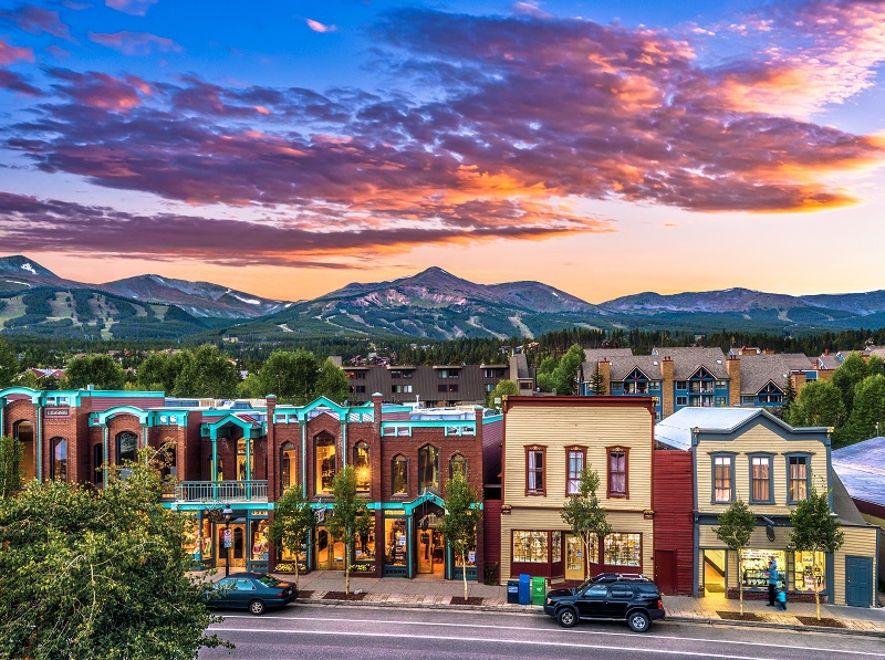 Town at Sunset in Breckenridge, CO. Copyright Breckenridge Tourism Office_Jeff Andrew