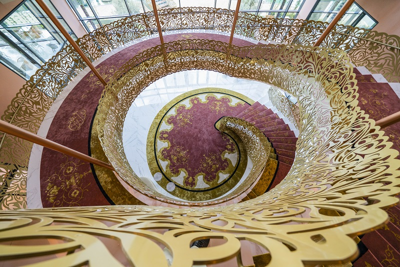Hotel main staircases © Savoy Signature