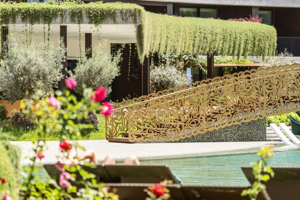 Das Fünf-Sterne-Hotel Savoy Palace auf der Blumeninsel Madeira lässt das Botanikerherz aufblühen. Hier präsentiert sich eine Pflanzenvielfalt mit über 250 botanischen Arten