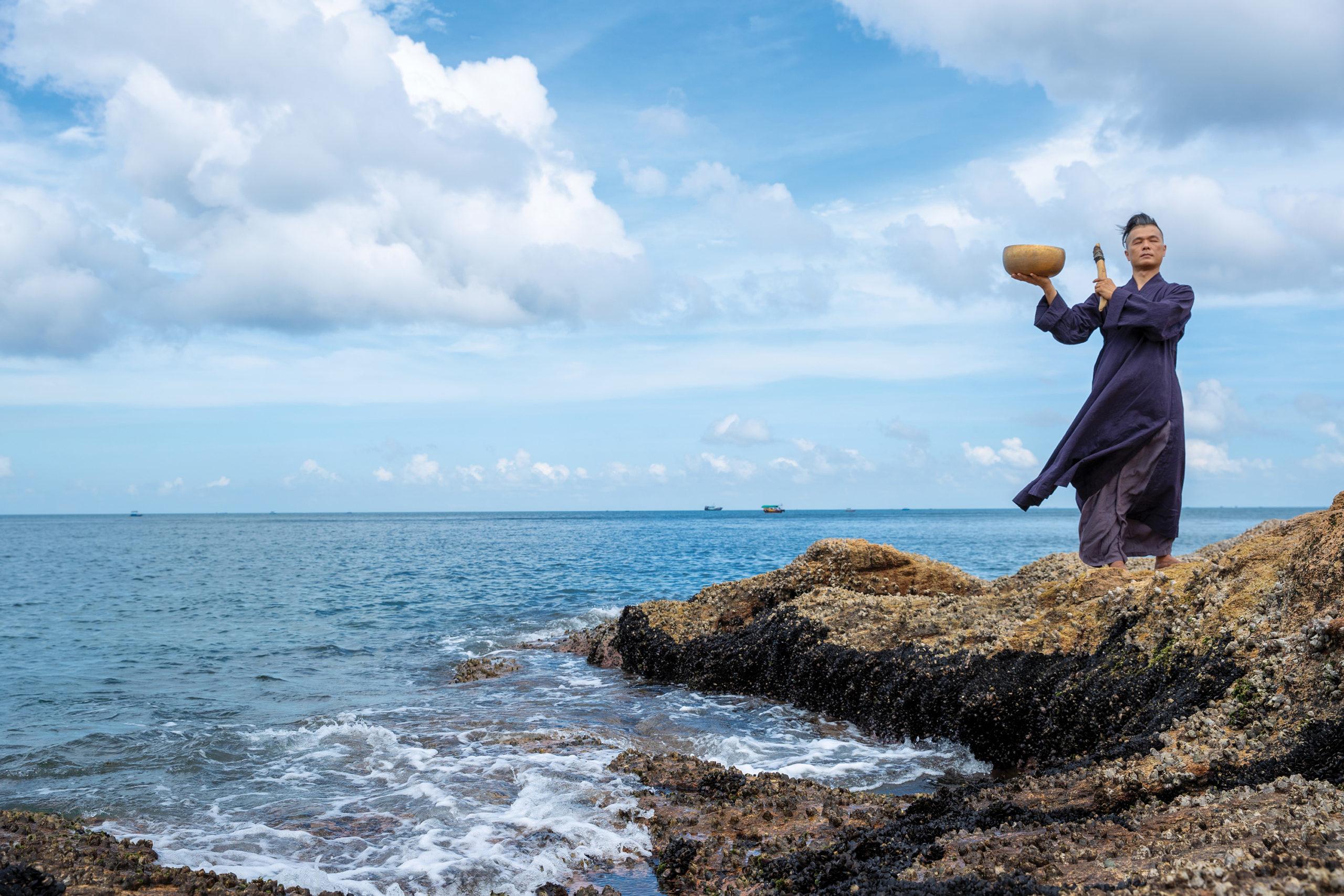 Klangtherapien sind ein Wellnesstrend in Hongkong mit der Natur als Orchester.